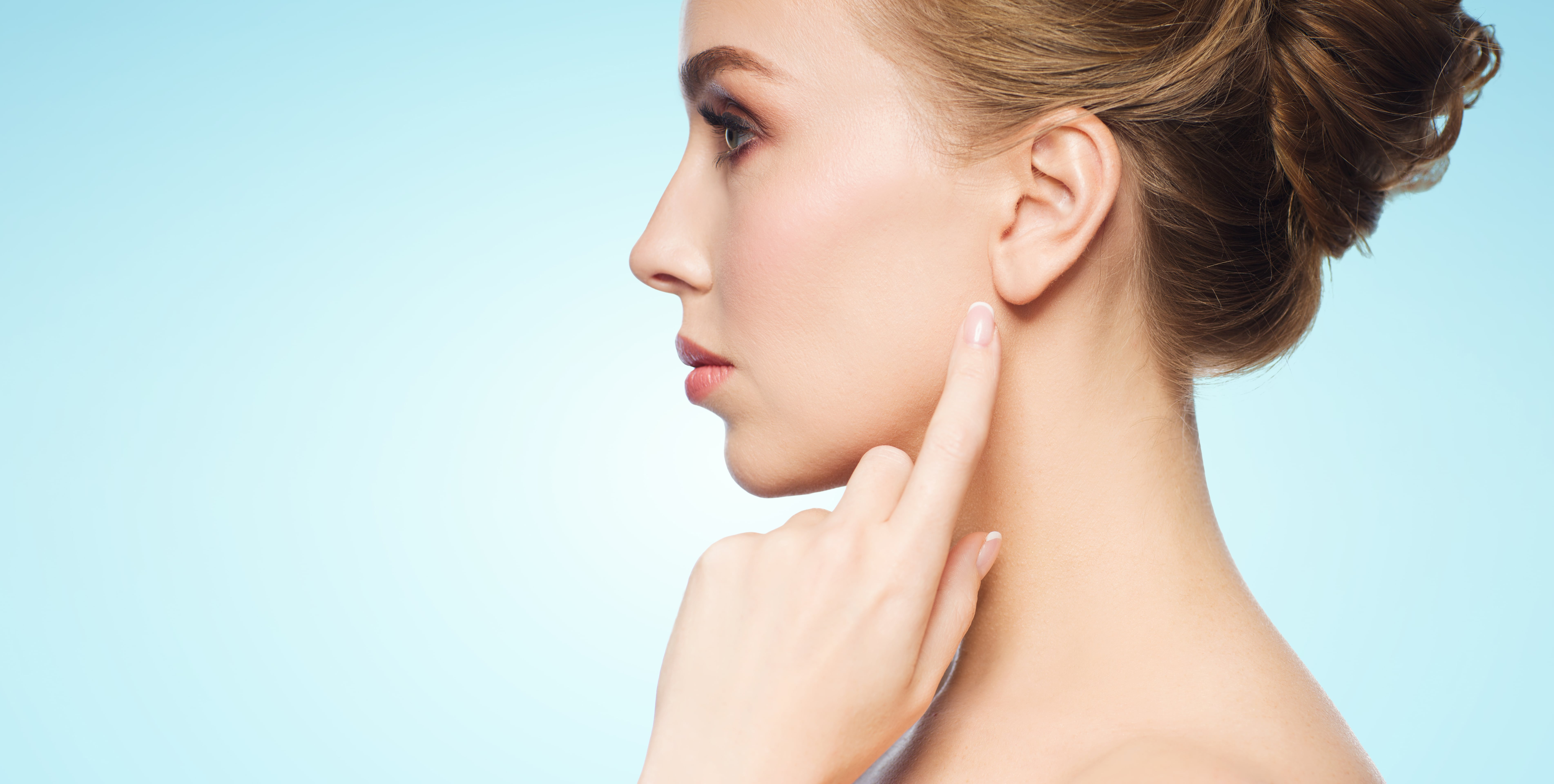 ear-surgery-min Facial Surgery In Scottsdale